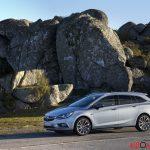 Opel_Astra_sports_tourer_2016_033