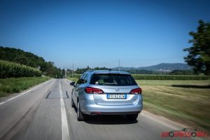 Opel_Astra_ST_03