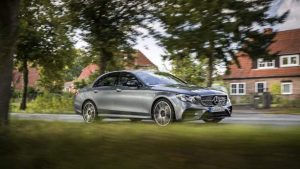E43AMG 4MATIC Saloon selenite grey 20