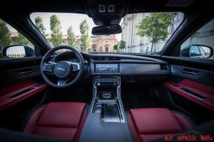 Jaguar XF AWD | Interni