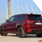 Jeep_Grand_Cherokee_02