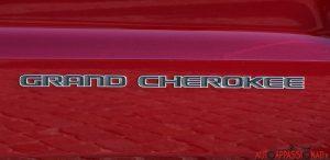 Jeep_Grand_Cherokee_04