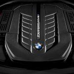 BMW_740Li_41
