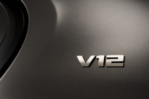 BMW 740Li V12