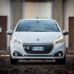 Peugeot_208GTi_02