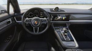 Porsche Panamera Turbo S E-Hybrid interni