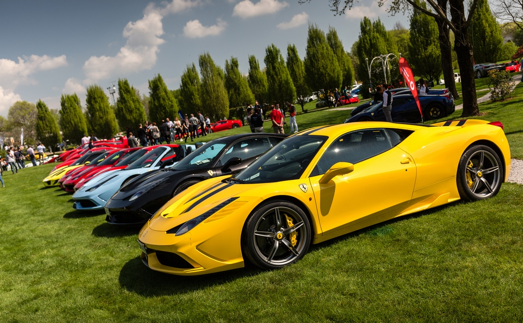 Cars and Coffee a Brescia