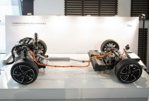veicoli ibridi PSA