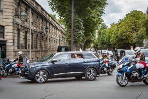 Peugeot 5008 di Macron