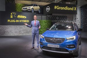 opel ibrida plug-in