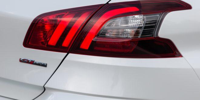 aiuti alla guida di nuova Peugeot 308
