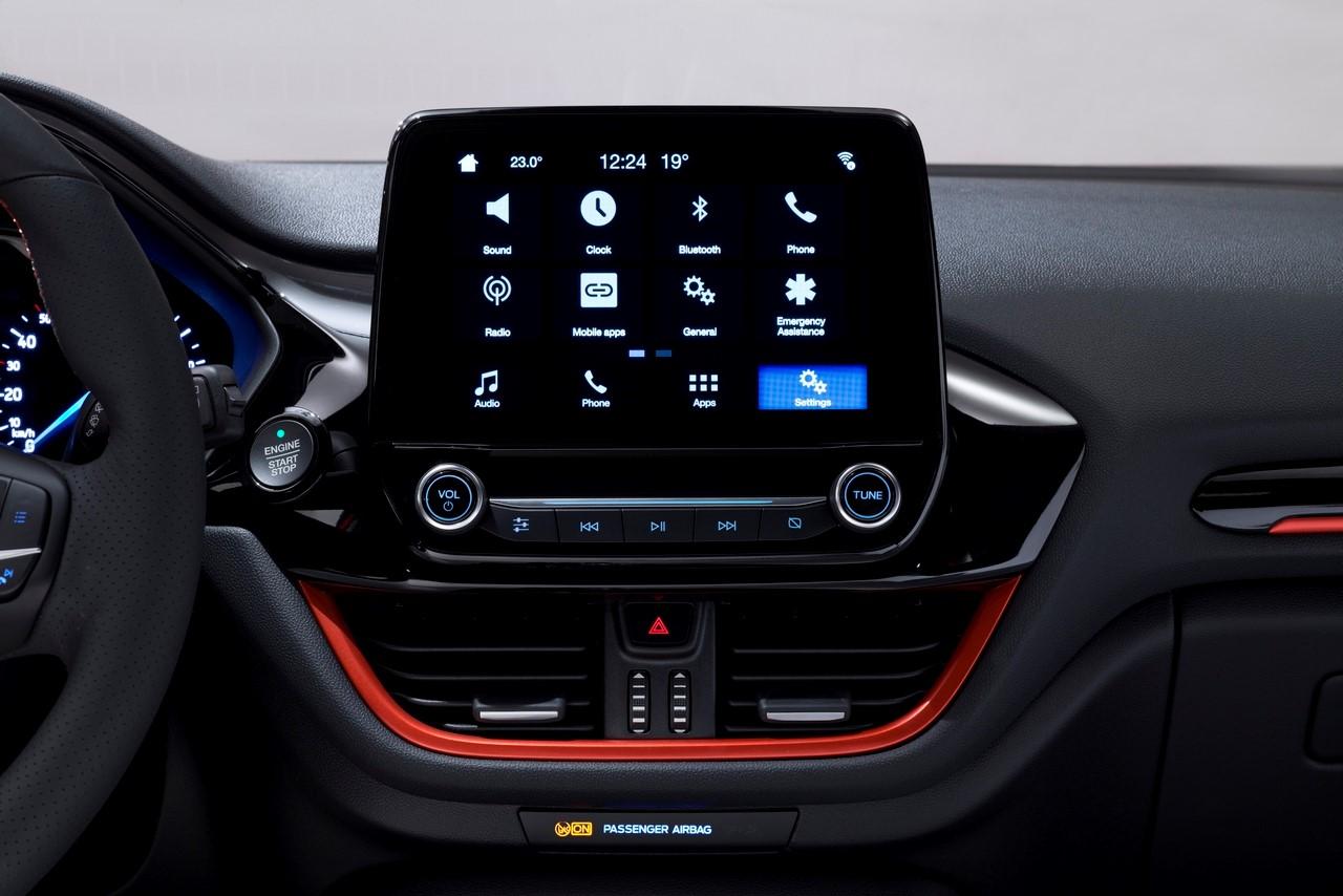 sync 3 focus infotainment della nuova ford fiesta. Black Bedroom Furniture Sets. Home Design Ideas