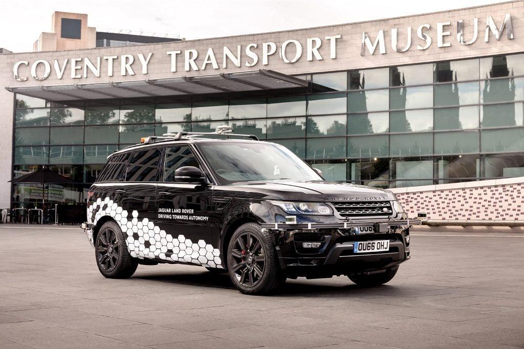 Range Rover Sport guida autonoma