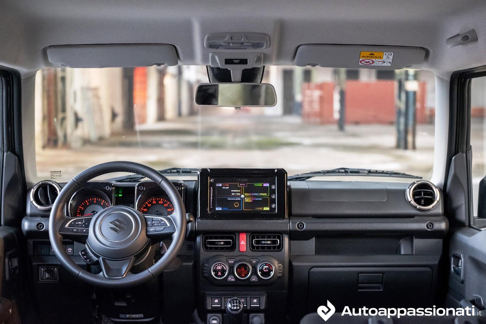 Suzuki Jimny interni