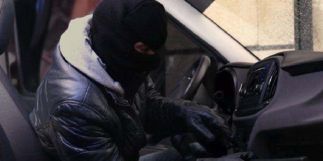 Auto a noleggio furti