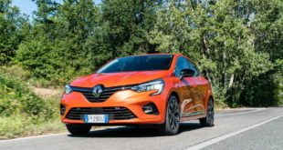 renault clio 2019 frontale colore orange valencia