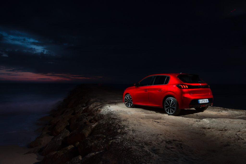 Nuova Peugeot 208 Allure Navi Pack