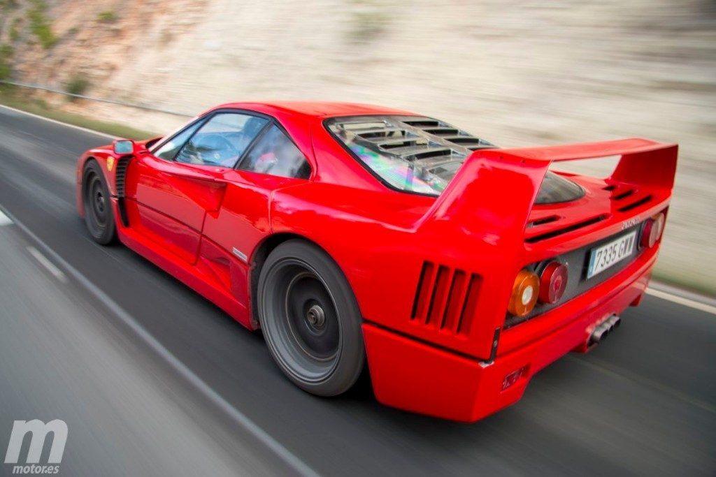Ferrari F40 prova