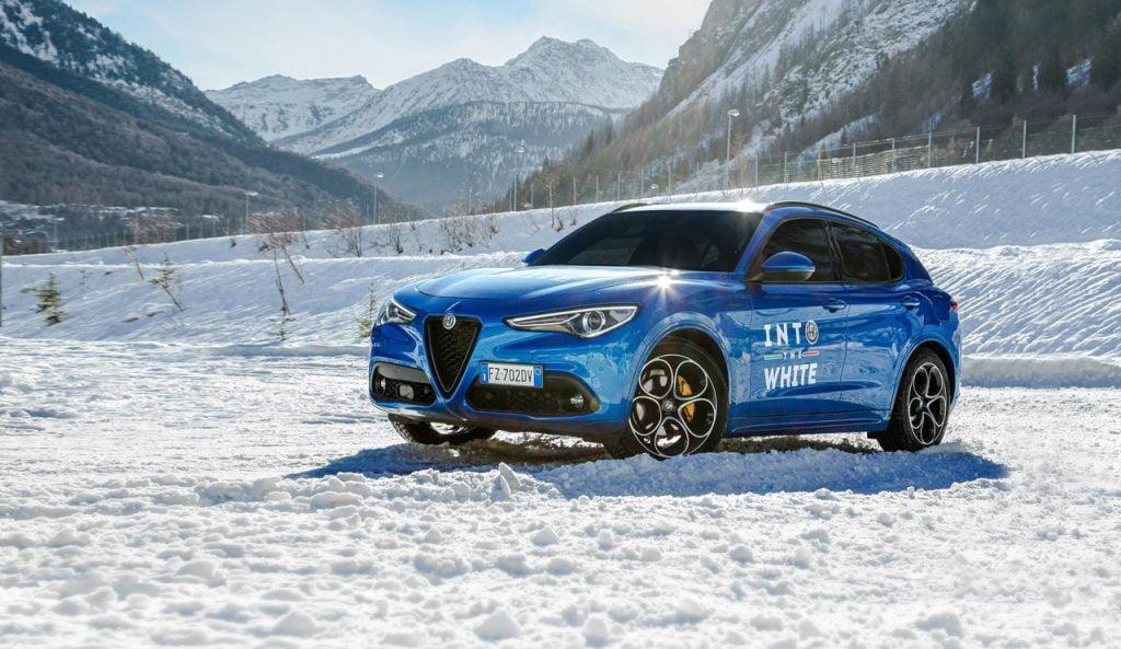 Alfa Romeo into the white