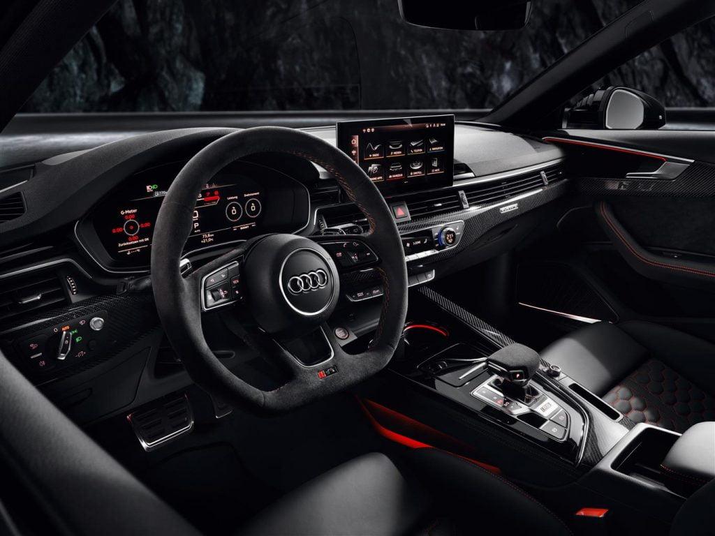 Audi RS 4 Avant 2020 interni
