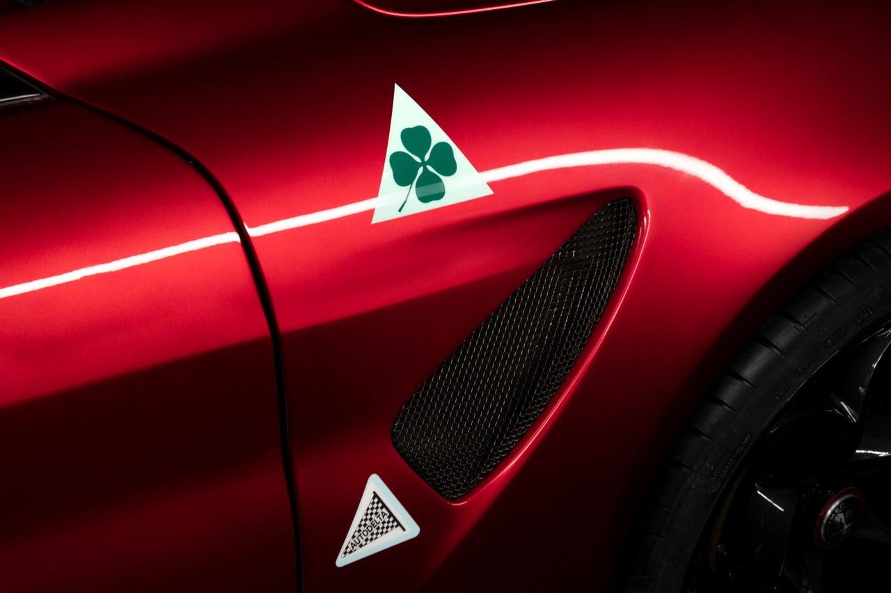 Alfa-Romeo-Giulia-GTA-logo-quadrifoglio-autodelta ...