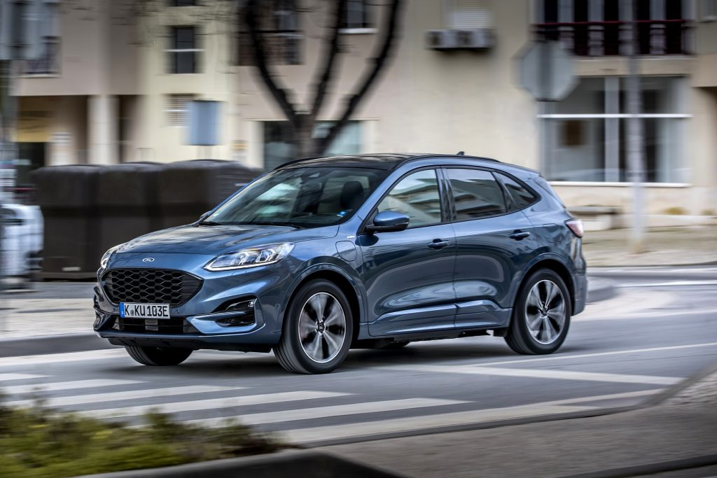 Ford Kuga 2020 dinamica blu