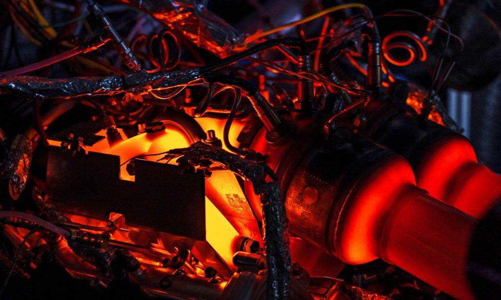 Aston Martin: nuovo motore ibrido 3.0 V6 Euro