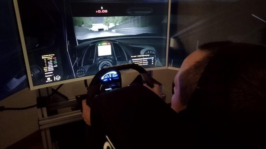 simulatore hexathron racing systems