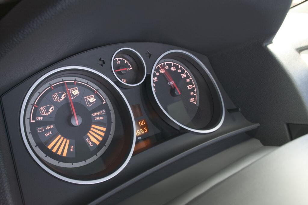 Opel Astra Diesel Hybrid interni