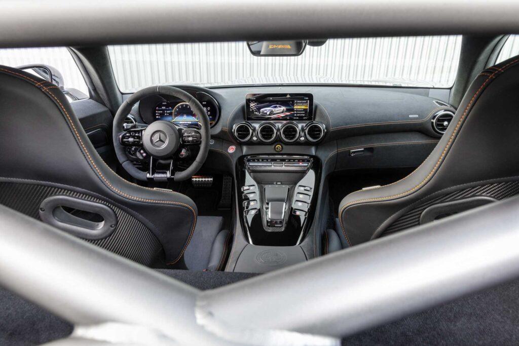 Mercedes-AMG GT Black Series interni