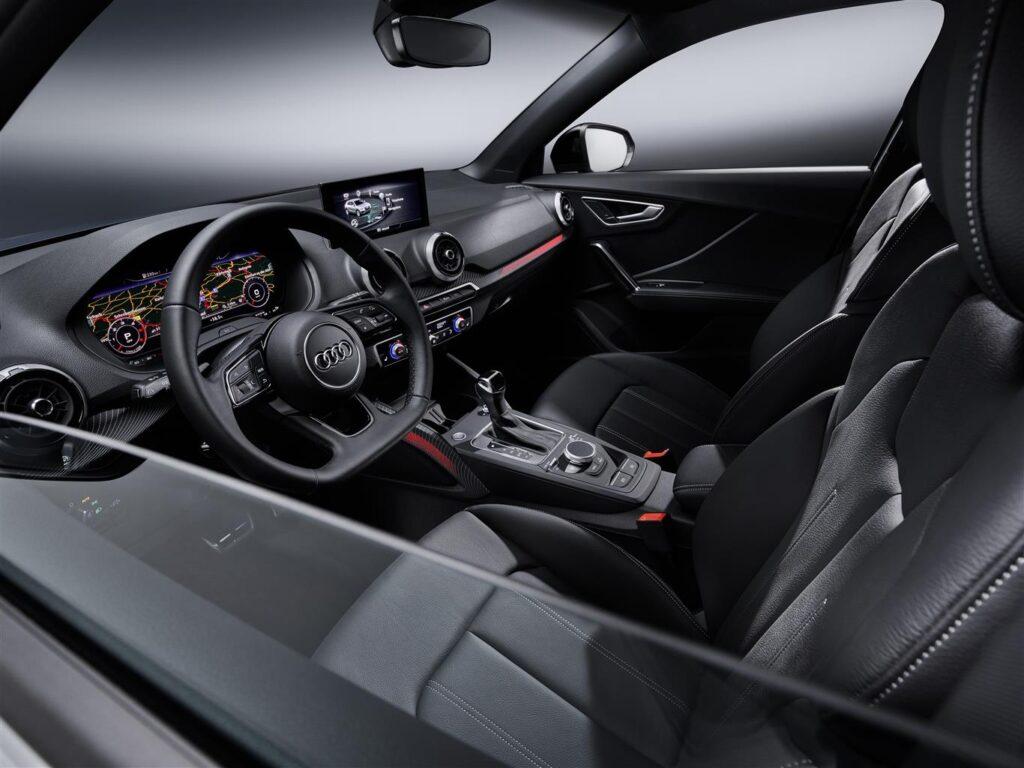 Interni Audi Q2 2021