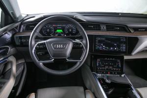 Audi e-tron 33