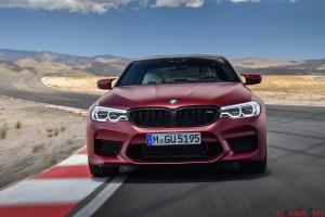 BMW M5 01