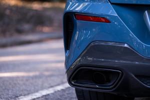 BMW-Serie-8-840d-scarico