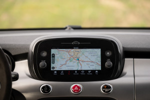 Fiat-500X-Sport-infotainment