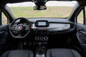 Fiat-500X-Sport-interni