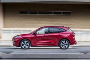 Ford-Kuga-laterale-dinamica