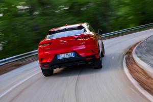 Jaguar-I-Pace-dinamica-posteriore