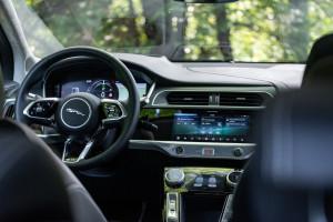 JaguarI-Pace-volante