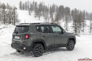 Jeep Renegade 2018 06