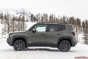Jeep Renegade 2018 09