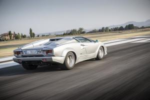 Lamborghini Countach 08