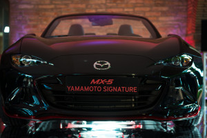 MX-5 Yamamoto Signatur