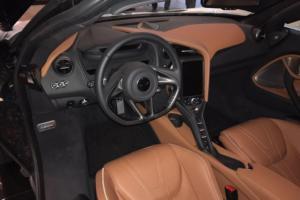 McLaren 720S Ginevra 01