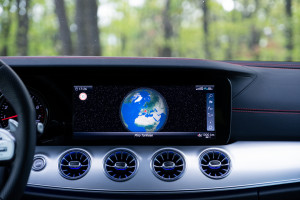 Classe-E-53-AMG-display