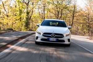 Mercedes ClasseA 180d frontale-dinamica