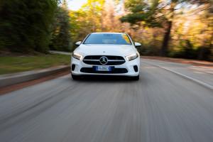 Mercedes ClasseA 180d frontale-dinamica (2)