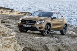 Mercedes GLA 11