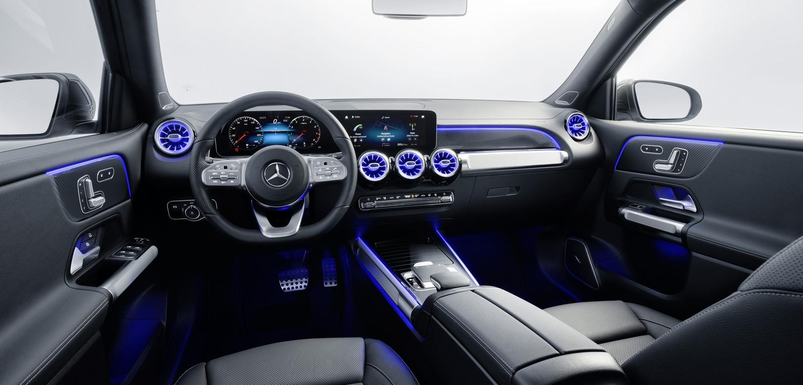 interni Mercedes GLB