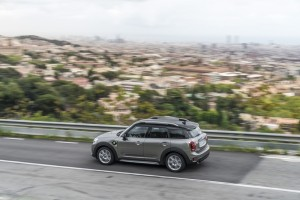 Mini Cooper Countryman SE 13
